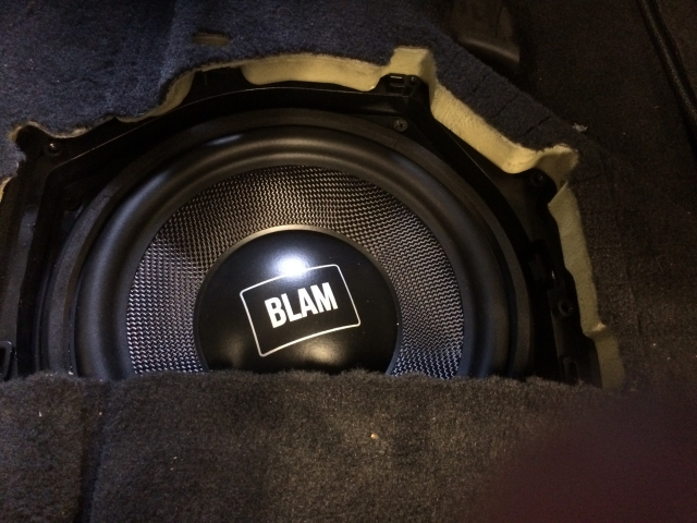 woofer-blam-bmw-1-car-audio-racing-salon